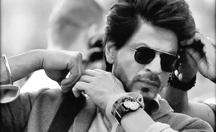 shahrukh_thering_everythingsrkfanneeds (1)