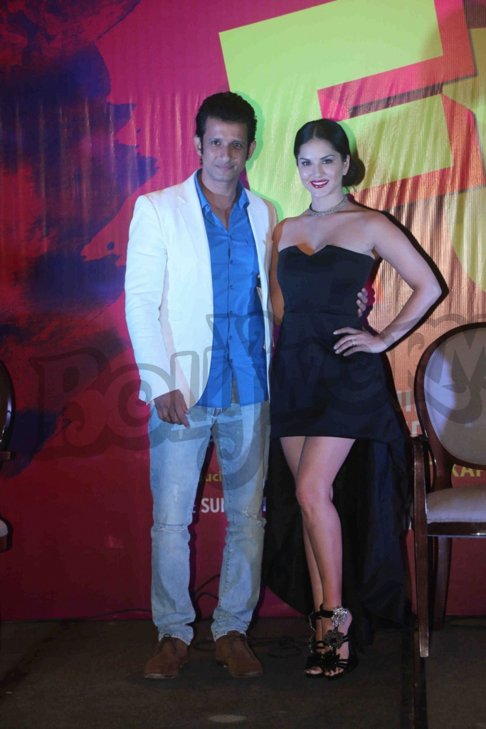 Bollywood actor Sharman Joshi and Sunny leony during the special song launch Tu Zaroorat Nai Tu Zaroori hai from the movie Fuddu in Mumbai,India on September 20,2016 ( Nikesh Gurav/SOLARIS IMAGES )