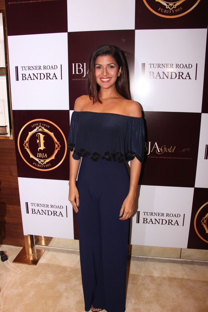Nimrat Kaur @ IBJA Gold Store Launch