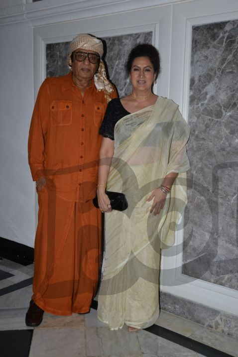 ranjeet-with-his-wife