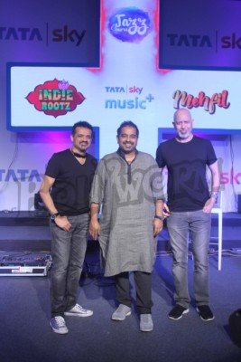 shankar-ehsaan-loy-and-pankaj-udhas-at-the-launch-of-a-music-service-2