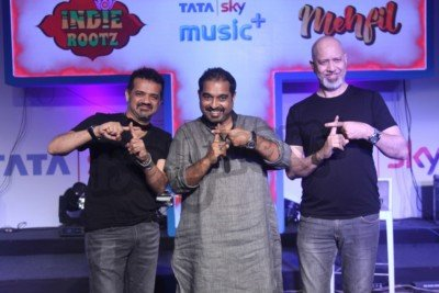shankar-ehsaan-loy-and-pankaj-udhas-at-the-launch-of-a-music-service-4