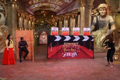 sanjeev-kapoor-surveen-chawla-and-mudassar-khan-grace-the-stage-of-comedy-nights-bachao-taaza-7