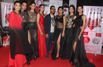 Fashion Designer Ashfaque Ahmed with her Showstopper Actress Avani Modi & other models walks the ramp at The White Room, Andheri.