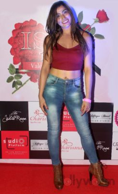 Fiza Ali at Fashion Designer Ashfaque Ahmed's fashion show held at The White Room, Andheri.