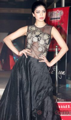 Models walk the ramp for Fashion Designer Ashfaque Ahmed at The White Room, Andheri.7
