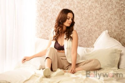 Evelyn Sharma - Pic 23