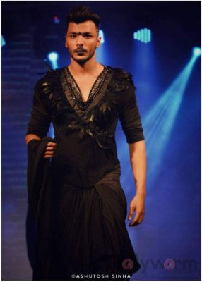 11. Models wearing Designer Rohit Verma Grave Yard Collection at India Luxury Style Week_bollyworm