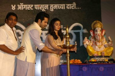 Alia and Varun at the Song Launch of Bhikhari_Bollyworm (33)