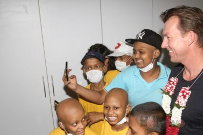 Brett Lee Music Therapy for Cancer Patients IG (14)
