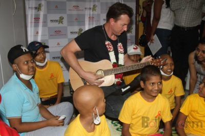 Brett Lee Music Therapy for Cancer Patients IG (2)