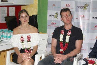Brett Lee Music Therapy for Cancer Patients IG (22)