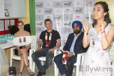 Brett Lee Music Therapy for Cancer Patients IG (26)