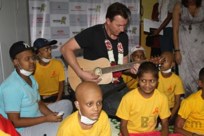 Brett Lee Music Therapy for Cancer Patients IG (3)