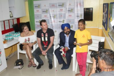 Brett Lee Music Therapy for Cancer Patients IG (34)
