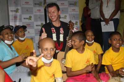 Brett Lee Music Therapy for Cancer Patients IG (37)