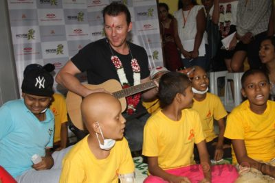 Brett Lee Music Therapy for Cancer Patients IG (5)