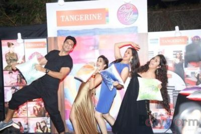 Manish, Avika, Jassi and Tina Dutta - having fun!