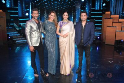 Mom Promotions Nach Baliye 8_Bollyworm (1)