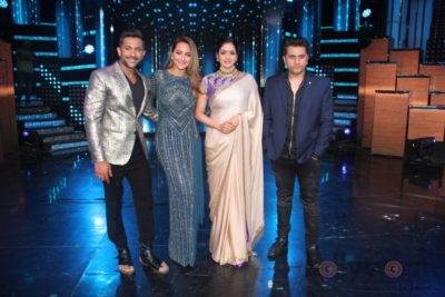 Mom Promotions Nach Baliye 8_Bollyworm (12)