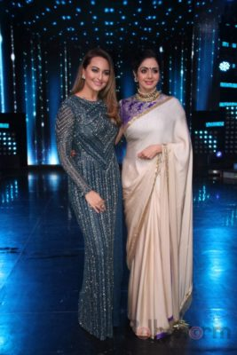 Mom Promotions Nach Baliye 8_Bollyworm (2)