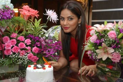 Neetu Chandra_Bollyworm (11)