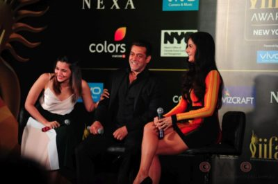 Salman Khan, Katrina Kaif and Alia Bhatt at IIFA_Bollyworm (10)