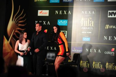 Salman Khan, Katrina Kaif and Alia Bhatt at IIFA_Bollyworm (13)
