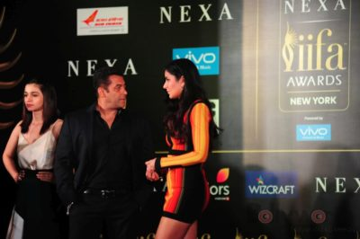 Salman Khan, Katrina Kaif and Alia Bhatt at IIFA_Bollyworm (20)