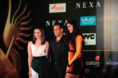 Salman Khan, Katrina Kaif and Alia Bhatt at IIFA_Bollyworm (23)