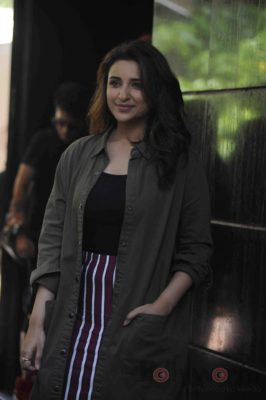 parineeti_no filter neha_bollyworm (18)