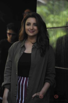 parineeti_no filter neha_bollyworm (21)
