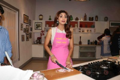 shilpa shetty_farha khan_bollyworm (14)