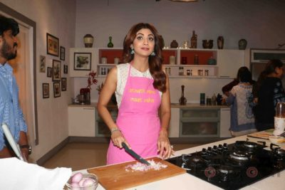 shilpa shetty_farha khan_bollyworm (15)