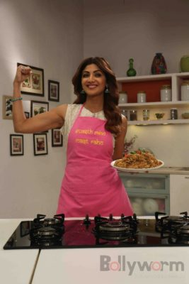 shilpa shetty_farha khan_bollyworm (3)