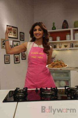 shilpa shetty_farha khan_bollyworm (5)