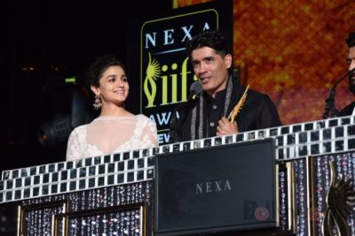 Alia Bhatt and Manish Malhotra at IIFA Rocks (36)