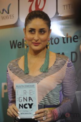 Kareena Kapoor Book Launch_Bollyworm (11)
