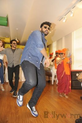 Mubarakan Radio Mirchi Promotions_Bollyworm (40)