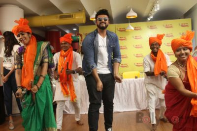 Mubarakan Radio Mirchi Promotions_Bollyworm (58)