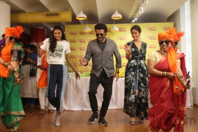 Mubarakan Radio Mirchi Promotions_Bollyworm (73)