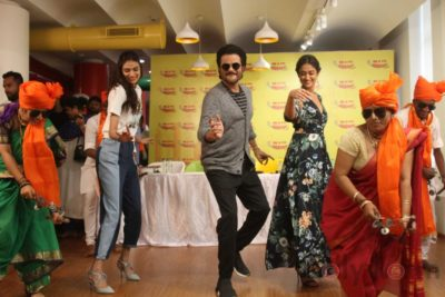 Mubarakan Radio Mirchi Promotions_Bollyworm (74)