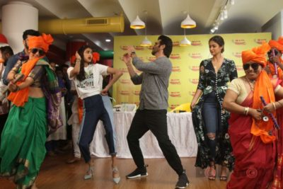 Mubarakan Radio Mirchi Promotions_Bollyworm (76)