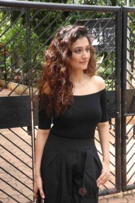 Ragini Khanna Gurgaon Promotions_Bollyworm (1)
