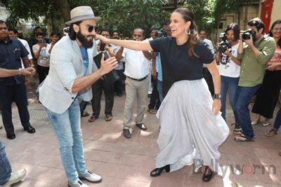 Ranveer Singh and Neha Dhupia record for NoFilterNeha season 2_Bollyworm (12)