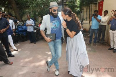 Ranveer Singh and Neha Dhupia record for NoFilterNeha season 2_Bollyworm (16)