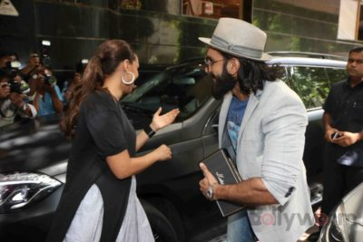 Ranveer Singh and Neha Dhupia record for NoFilterNeha season 2_Bollyworm (5)