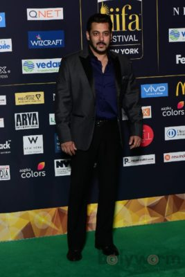 Salman Khan at IIFA Rocks (31)