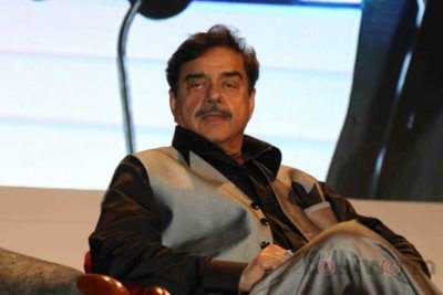 Shatrughan Sinha, Shyam Benegal, Subhash Ghai at the Whistling Woods_Bollyworm (39)