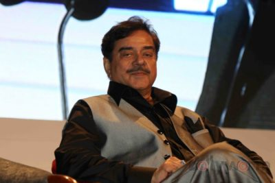 Shatrughan Sinha, Shyam Benegal, Subhash Ghai at the Whistling Woods_Bollyworm (40)